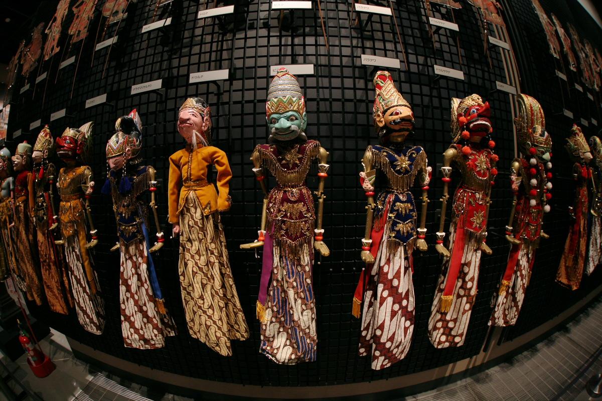 National Museum of Ethnology, Osaka 10  _f0021869_2114221.jpg
