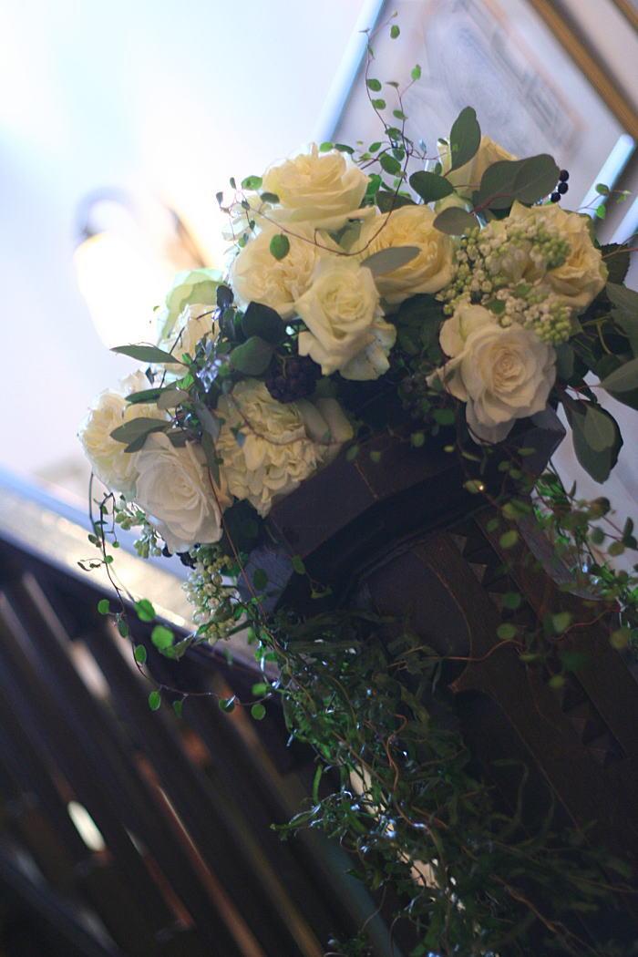 シェ松尾松濤レストラン様の装花 春の雨の日に_a0042928_1921565.jpg