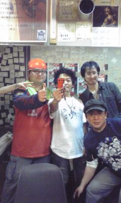 楽屋にて☆_c0069859_1385075.jpg