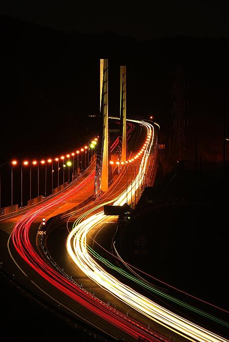 新尾道大橋とグリーンの光跡_c0152379_923559.jpg
