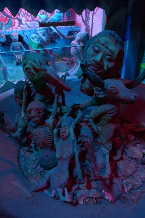サワディThailand(2日目)「地獄寺」青系_f0170995_19142157.jpg