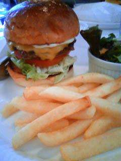 ハンバーガー食べ歩き_b0166144_13174029.jpg