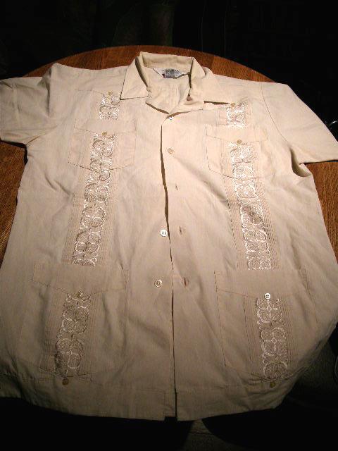 日本キューバシャツ振興会_e0112048_2284684.jpg