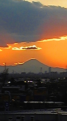 今日の富士山_c0189469_12365856.jpg