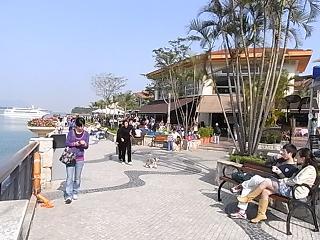 Discovery Bay  愉景湾_e0155771_0174735.jpg