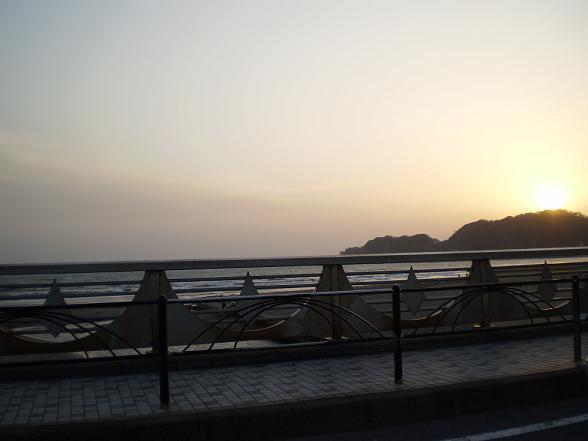 渚にまつわるエトセトラ_c0188311_2258074.jpg