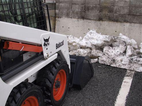 残雪も見納め・・・と思う。_e0084756_23305245.jpg