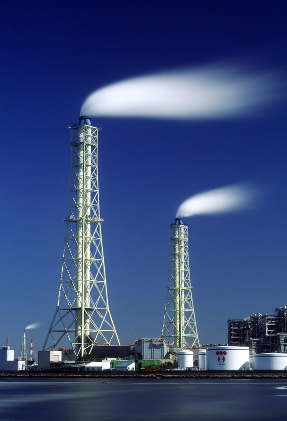 火力発電所の煙突 千葉・五井海岸1999年2月28日_c0190190_4475085.jpg