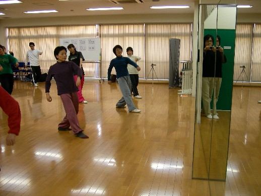 3月健身気功練功会_b0134026_1037015.jpg