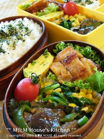 WBC 速報中 ☆今日のお弁当♪_c0139375_1241919.jpg