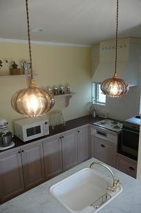 白い天板のキッチン 完成編_b0120583_10583468.jpg