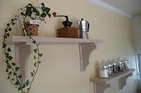 白い天板のキッチン 完成編_b0120583_1058347.jpg