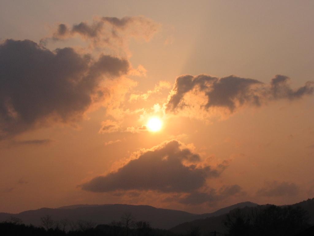 水車小屋で夕陽を見た_d0001843_15184395.jpg