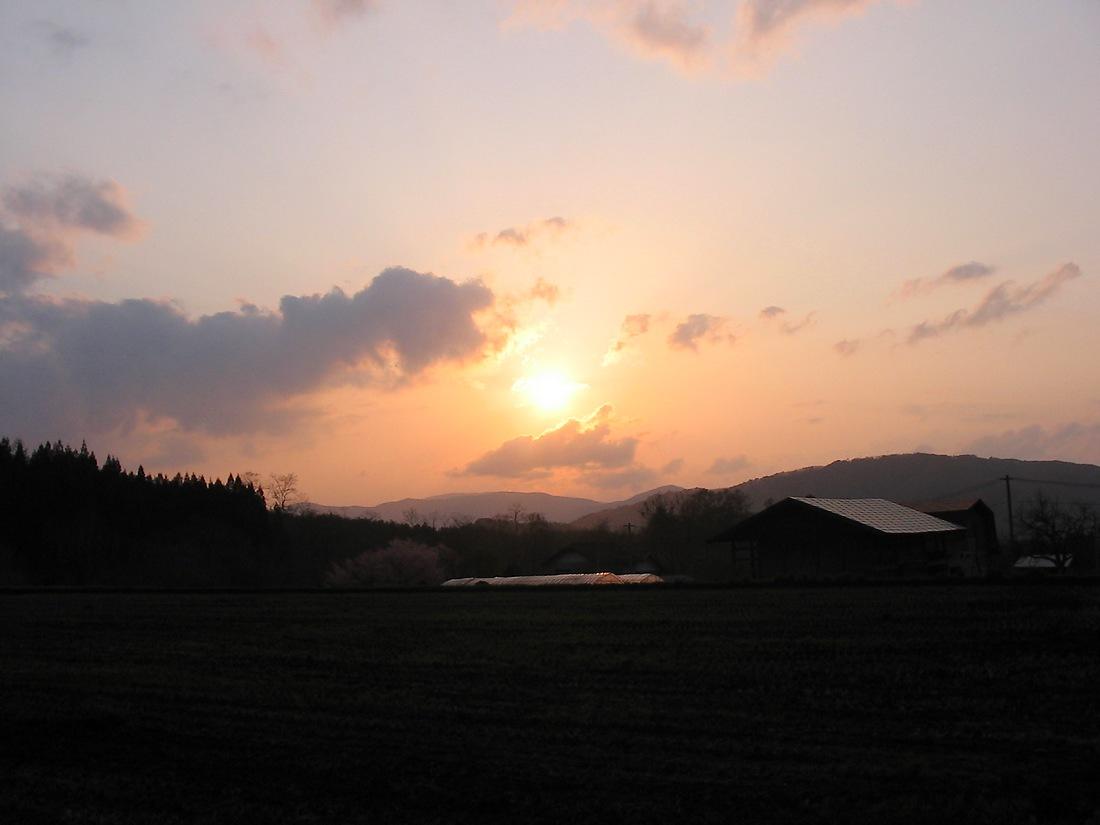 水車小屋で夕陽を見た_d0001843_1635262.jpg