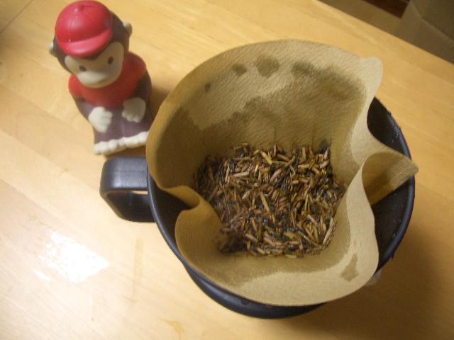 ★コーヒーフィルターでお茶は入れられる? ~お茶の始末の簡素化について~_b0163750_2320678.jpg