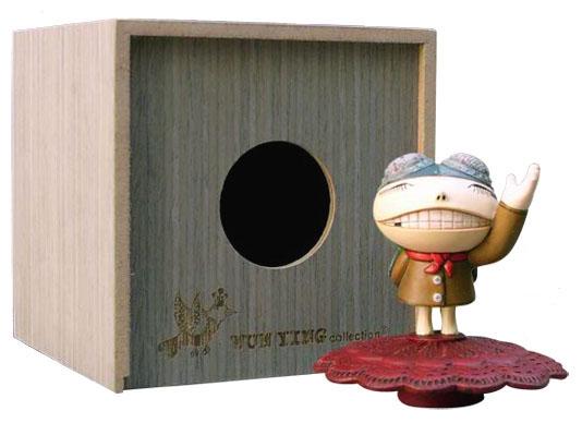 flyman figurine by Carrie Chau_e0118156_155867.jpg