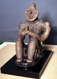 青森県内の国宝は、全て八戸にあり_d0061678_20325049.jpg