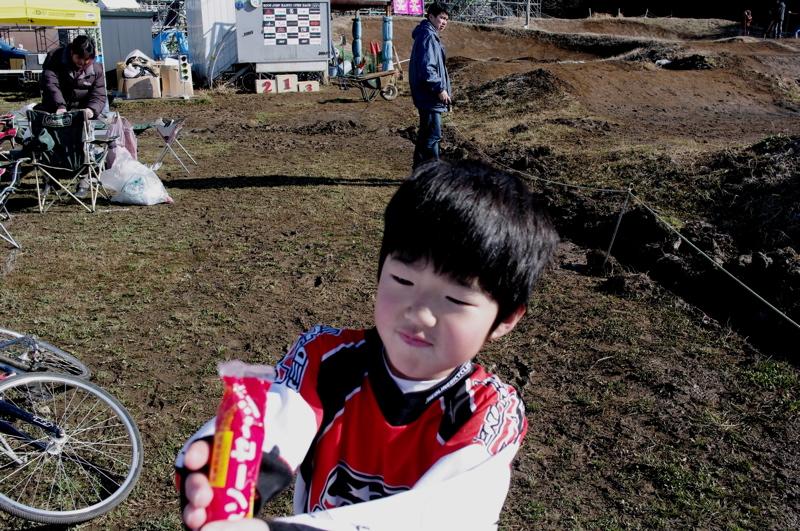 2009JOSF緑山関東オープンレースVOL11:コース外の風景〜ギョニソー再び..._b0065730_11373880.jpg