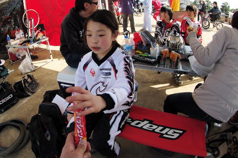2009JOSF緑山関東オープンレースVOL11:コース外の風景〜ギョニソー再び..._b0065730_11404063.jpg