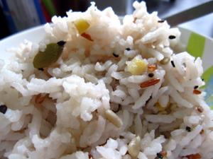 我が家で試食~洒落たタイ米の巻き_f0144385_17102487.jpg