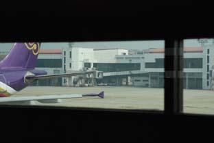 バンコク・ドンムアン空港は、今・・・_b0053082_11574752.jpg