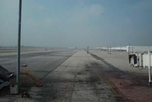 バンコク・ドンムアン空港は、今・・・_b0053082_11583071.jpg