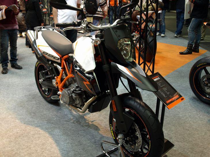 大阪モーターサイクルショー2009_f0097683_9184697.jpg