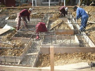 新築工事進行中。_f0105112_1964632.jpg