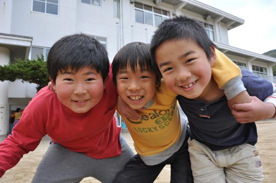 小さな漁村の奇跡の復活劇~徳島県・伊座利地区_e0171573_2333154.jpg