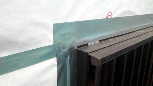Q1西落合の家:タイベックと防水テープの施工_e0054299_15252138.jpg