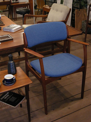 Arm chair (DENMARK)_c0139773_1821881.jpg