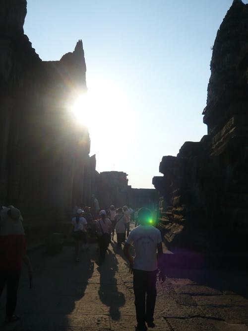 In the Cambodian sun ☆_f0170995_12836100.jpg