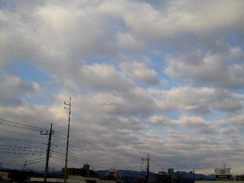 きょうの空。_b0157216_817187.jpg