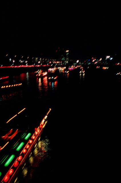 夜桜_f0135451_22391165.jpg