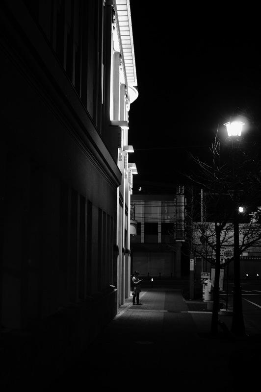 十字街界隈、夜のモノクローム_f0042194_756583.jpg