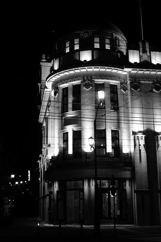 十字街界隈、夜のモノクローム2_f0042194_9244118.jpg