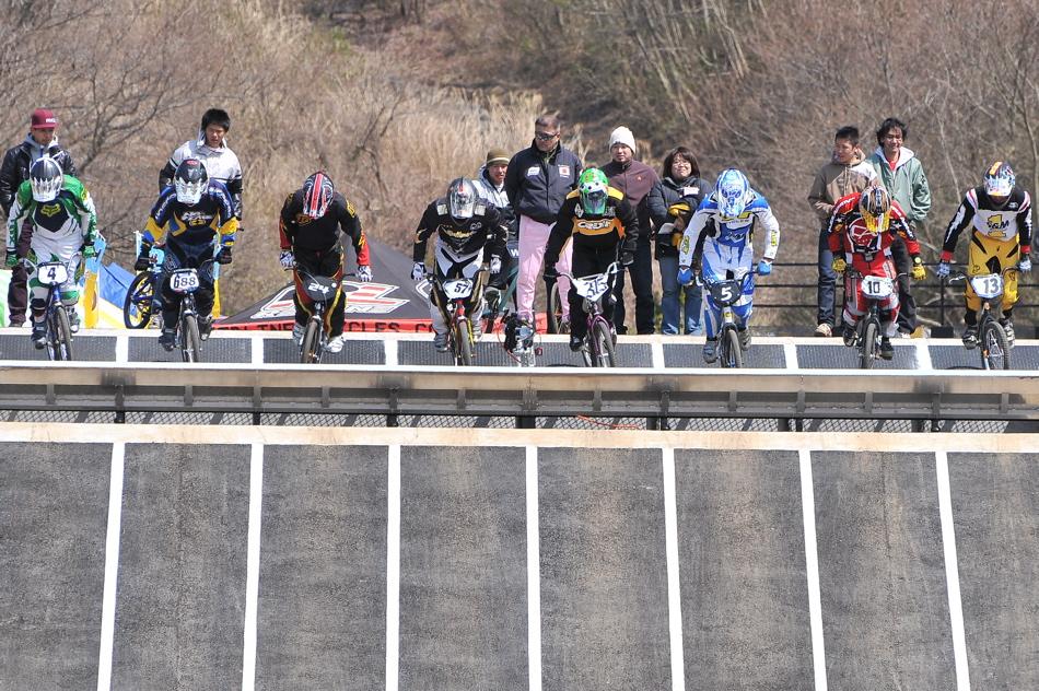JBMXF スーパーシリーズ特別戦IN修善寺BMXトラックVOL2:DAY2スーパークラス決勝(世界最速情報)_b0065730_22134051.jpg