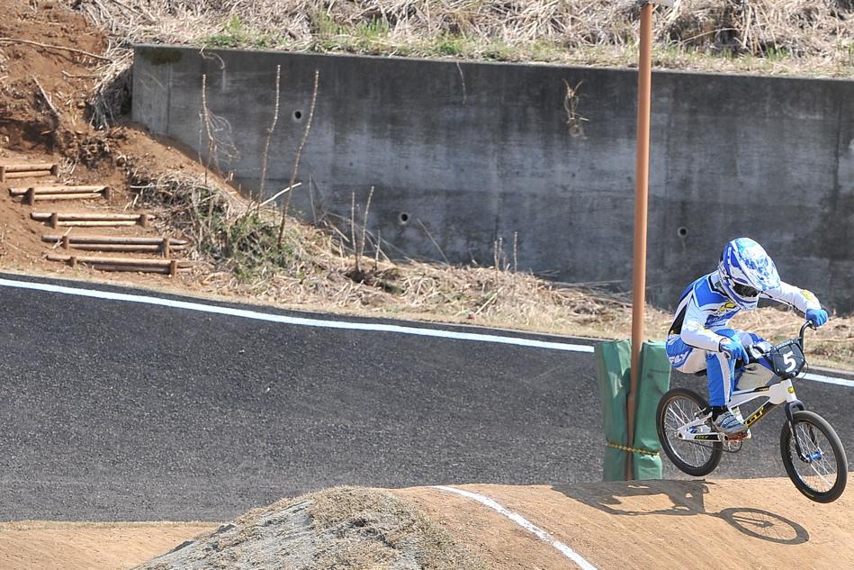 JBMXF スーパーシリーズ特別戦IN修善寺BMXトラックVOL2:DAY2スーパークラス決勝(世界最速情報)_b0065730_22231560.jpg