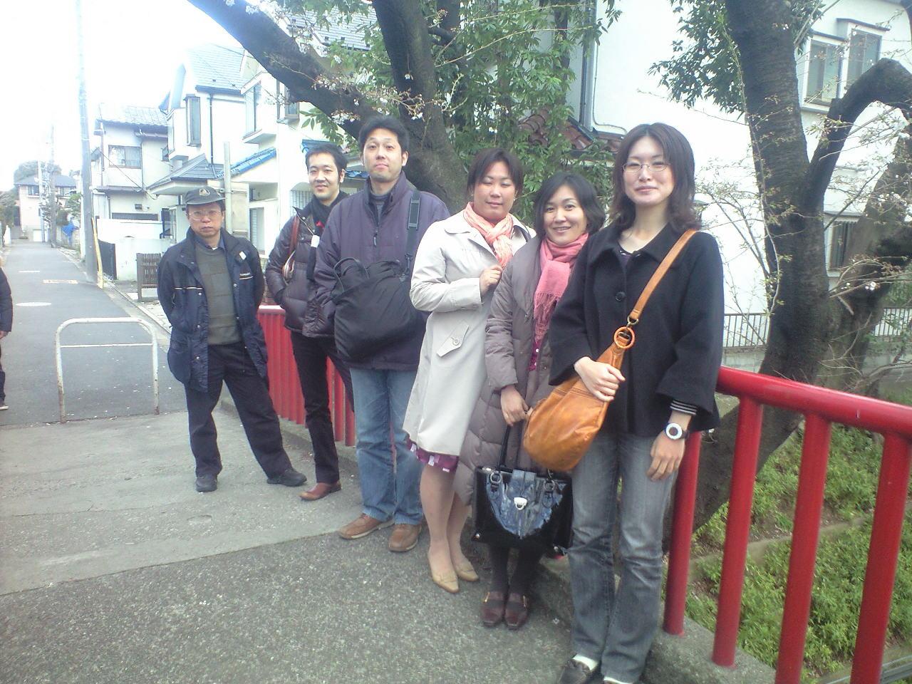 第1回例会後、桜坂でお花見_b0160959_1184491.jpg