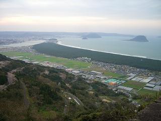 鏡山からの眺め。_c0177995_1218873.jpg