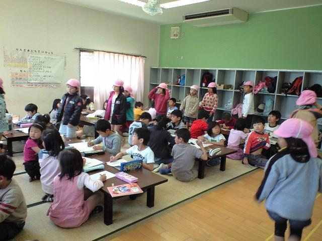 児童ホーム見学_b0117125_1985136.jpg