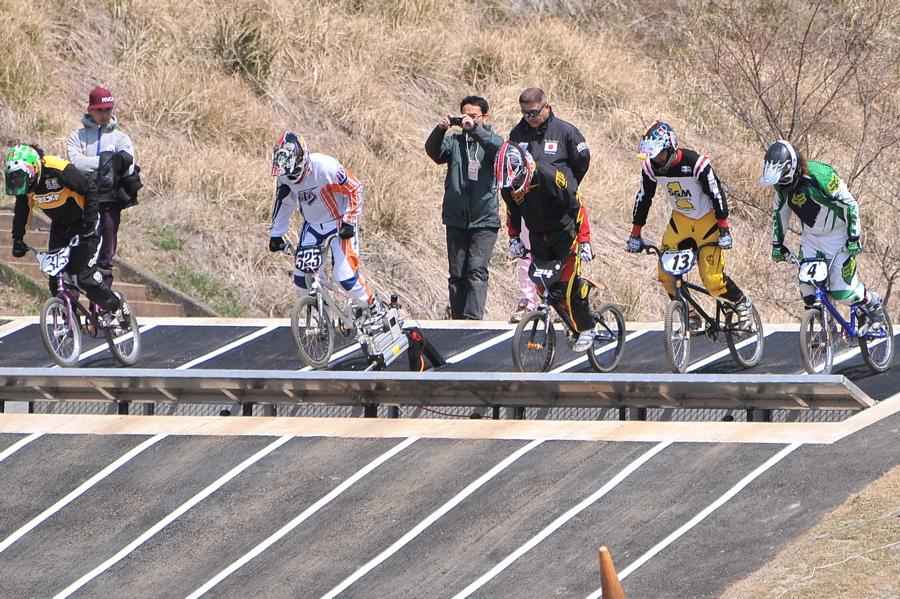 JBMXF スーパーシリーズ特別戦IN修善寺BMXトラックVOL5:DAY2スーパークラス予選_b0065730_22563375.jpg