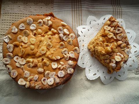 キャラメルとへーゼルナッツのチーズケーキ*_f0193555_10512360.jpg