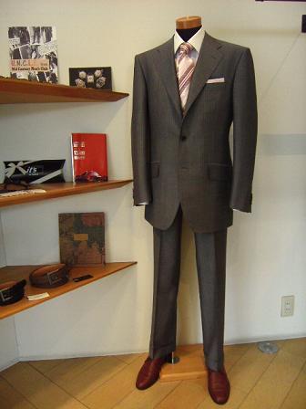 「買うなら岩手のものを」 【TUWAMONOスーツ】 お客さん新作編_c0177259_1482334.jpg