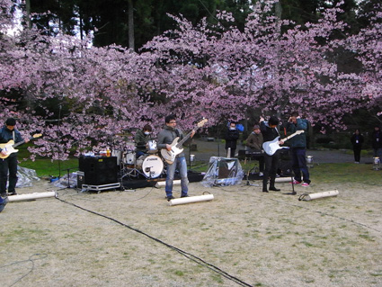 3/25 NHK「春うた」京都 醍醐寺にて_e0175260_2051185.jpg