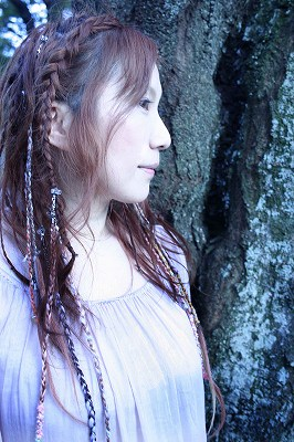 『ソラノスフィア』新居 昭乃……詳細!!_e0025035_025977.jpg