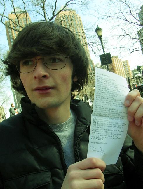 街角で出会った詩人の青年_b0007805_2112728.jpg