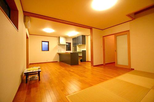 内観写真ギャラリー 越前杉の家_a0073775_0101472.jpg