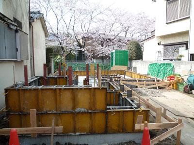 基礎立上り、打設@久我山の家_c0131878_1215061.jpg