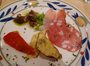 クチーナさん(イタリア家庭料理)のランチ_b0142989_19232818.jpg